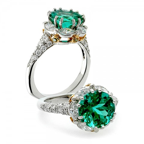 The Yara Emerald and Diamond Ring